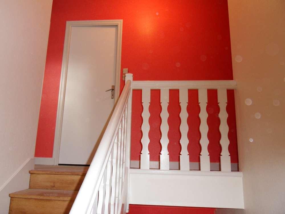 Poncer escalier bois amazing cool peinture pour escalier for Dcaper un carrelage
