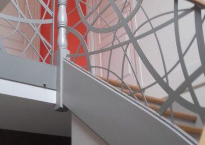 Peinture-cage-descalier-2-400x284